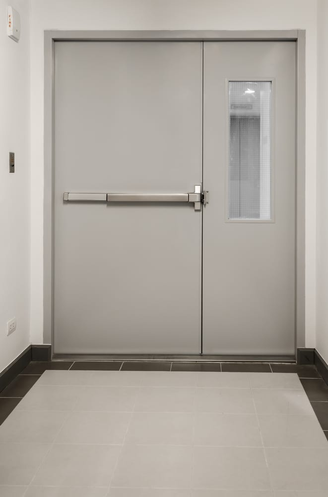 difference between fire rated and fire resistant door