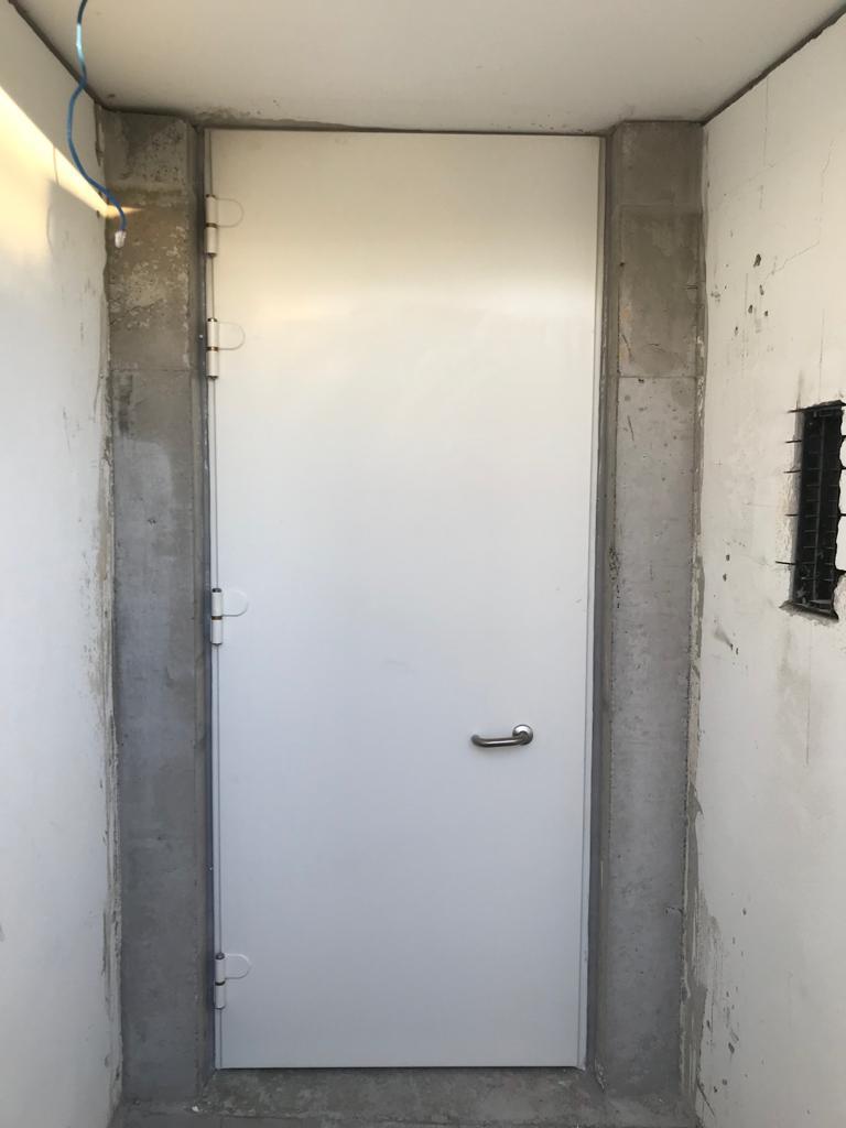 Flood door